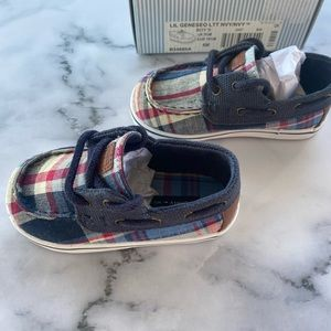 Brand new Tommy Hilfiger baby boy loafers - in baby check
